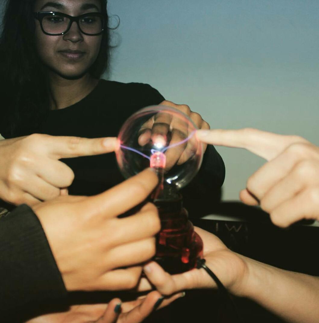 Imagem de Física Resolvida - Aulas Particulares e Grupos de estudos Imagem 4